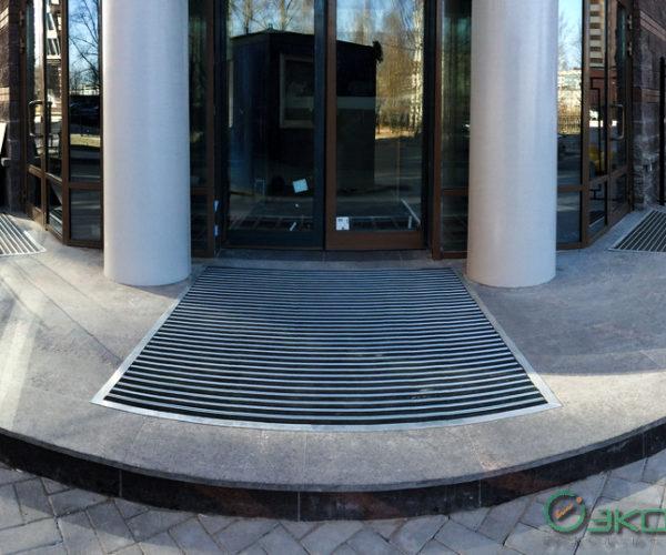 1-ФОК-Изготовление и монтаж придверных грязезащитных решеток
